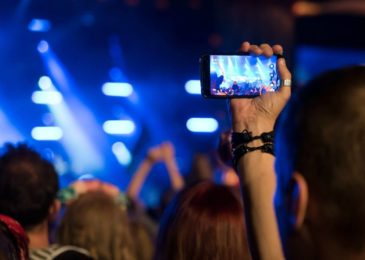 9 Tips to Use Facebook Live Streaming For Businesses
